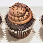 chocolate-cupcake-710399_1280